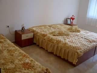 Апартамент България - снимка 3