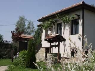 Къща за приятели - Елена
