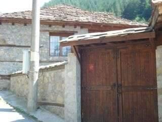Воденичарова къща - снимка 1