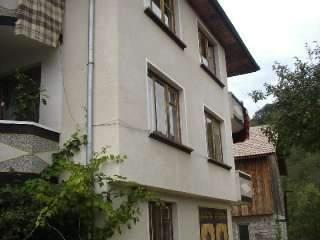 Къща Голеви - снимка 1