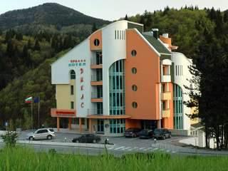 хотел Дикас - снимка 1