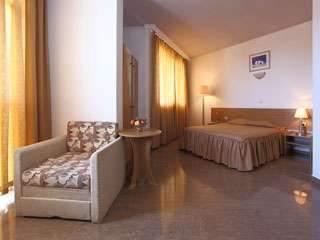 Хотел Аврора - снимка 5