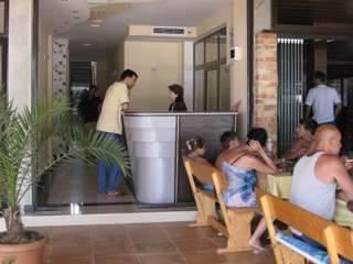 Хотел Теос - снимка 2