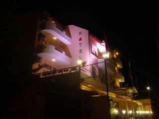 Хотел-Aрт Зора - снимка 1