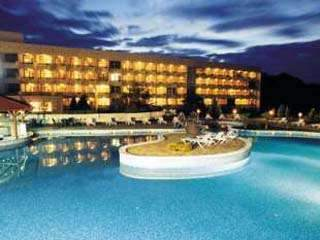 ТОП оферта 2017 в СПА хотел Аугуста - закуски, минерален басейн и много отстъпки