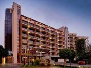 Супер лятна ваканция, оферта полупансион до 15.07 от Doubletree by Hilton Varna, Златни пясъци