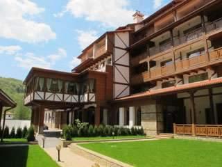 Уикенд в СПА хотел Боженци с басейн - Пакет 2 нощувки, вечери - 129 лв./човек