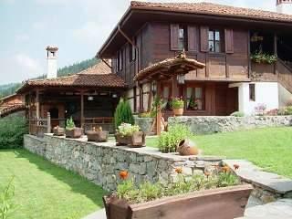 Хаджи Нейкови Къщи
