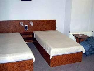 Хотел България - снимка 2