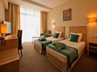 Балнео хотел Азалия Медикъл СПА - снимка 4