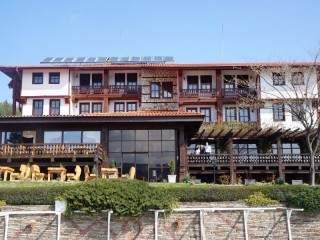 Хотел Главатарски хан - снимка 2