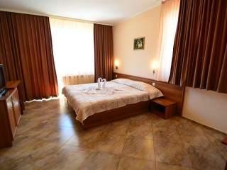 Хотел Йола - снимка 4