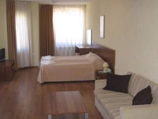Апартаментен хотел Комфорт - снимка 5