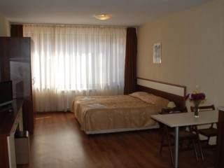 Апартаментен хотел Комфорт - снимка 6