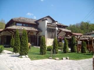 Хотел Петрелийски - снимка 1