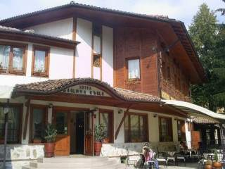 Бащина къща - снимка 2