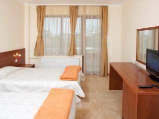 хотел Съни Гардън - снимка 4