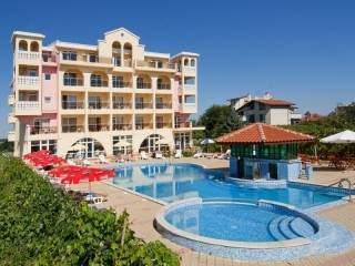Хотелски комплекс Стефанов - снимка 2