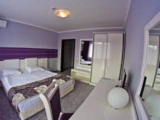 хотел Енира - снимка 2