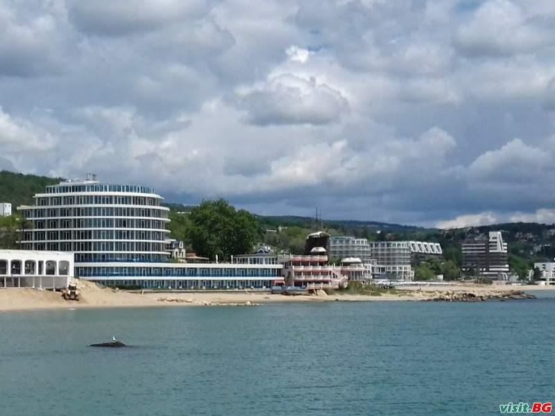 Лятна почивка 2021 на Първа линия с минерален басейн, All Inclusive  до 04.07 в Сириус Бийч