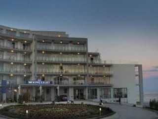 хотел Лунна пътека - снимка 2