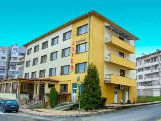Хотел Върбица - снимка 1