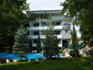 Хотел Елмар - снимка 1
