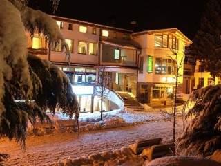 Хотел Плаза - снимка 1