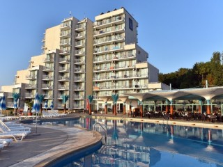 Хотел Боряна - снимка 1