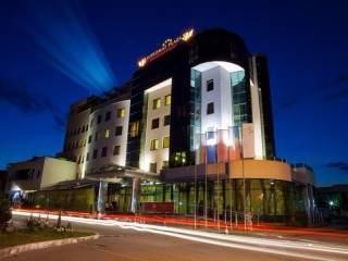 Хотел Дипломат Плаза - снимка 1