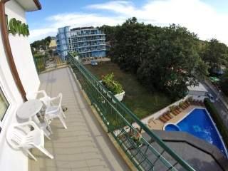 Хотел Лотос - снимка 2