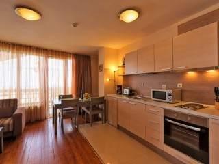 Апарт-хотел Ийгълс Нест - снимка 3