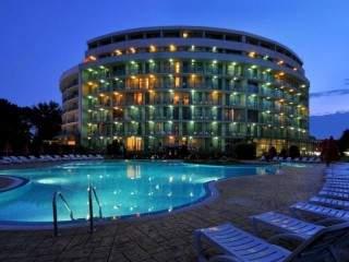 хотел Колизеум - снимка 2