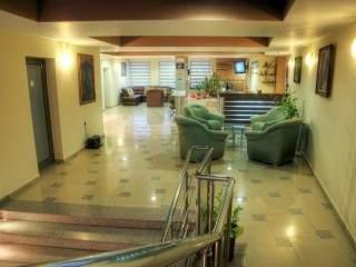 Хотел Луксор - снимка 2